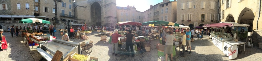 Thursday morning market in Villefranche-de-Rouergue